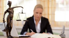 HUISSIERS DE JUSTICE : QUE SONT-ILS ET QUE FONT-ILS?